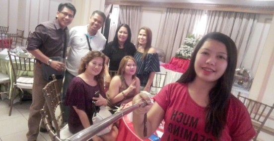 Evelyn Nicolas and daughter Anjhannet, Christina, DjCoco, Genger Pido and the gang